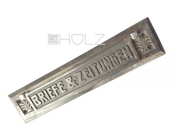 Briefklappe antik Jugendstil Gusseisen Briefschlitz Zeitungsklappe Vintage
