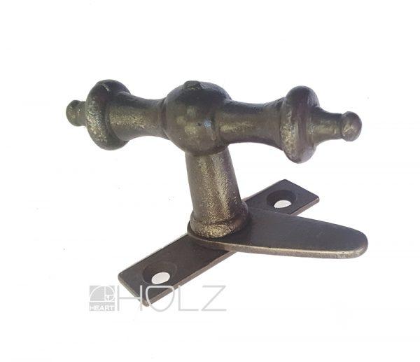 FEnsterolive mit Einreiber antik Eisen alt