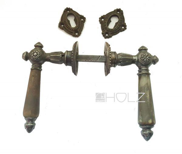 Türdrücker antik Garnitur Türklinken alt Eisen mit Schlüsselschild und Rosette