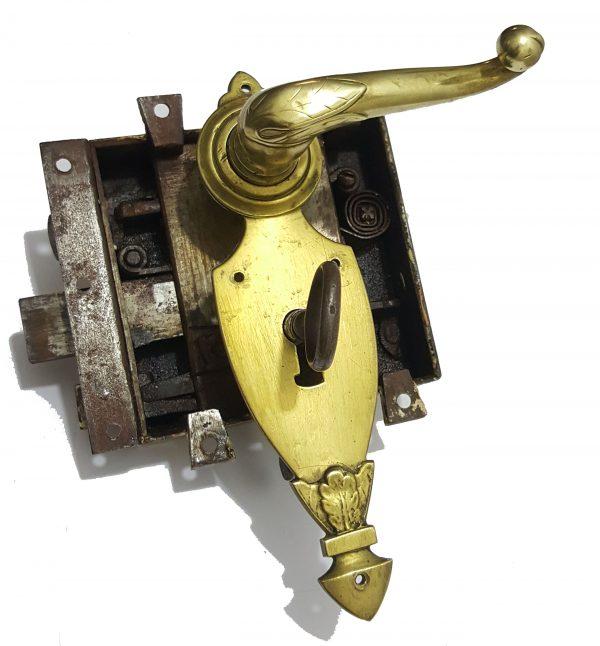 Kastenschloss Messing antik prunkvoll mit Türdrücker Schlüssel alt