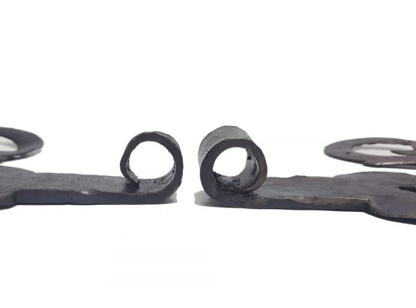 S-Bänder antik alt geschmiedet Türbänder 16r Dorn